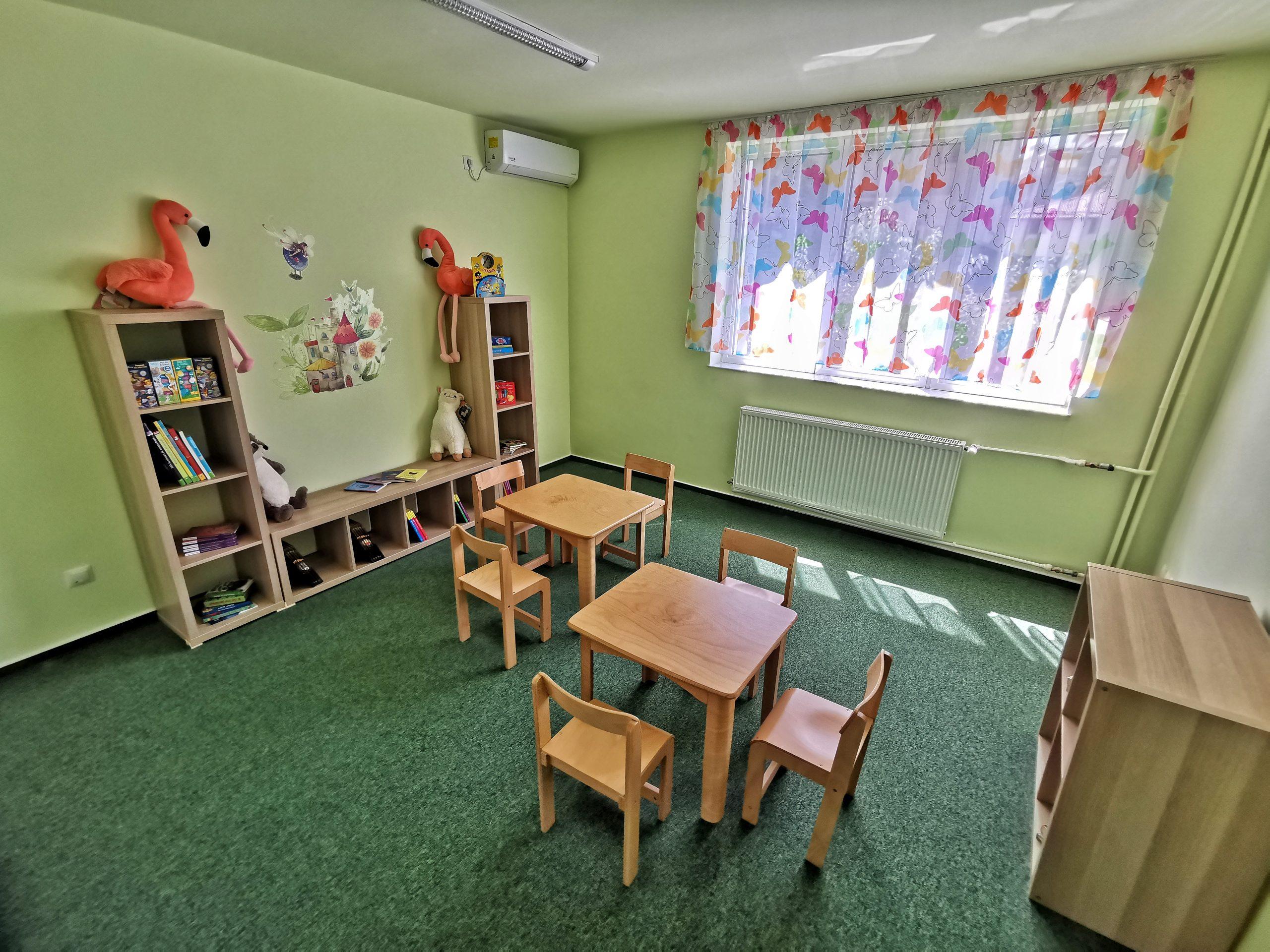 Centru Educațional Grădiniță Bibliotecă Copii Cărți Povești